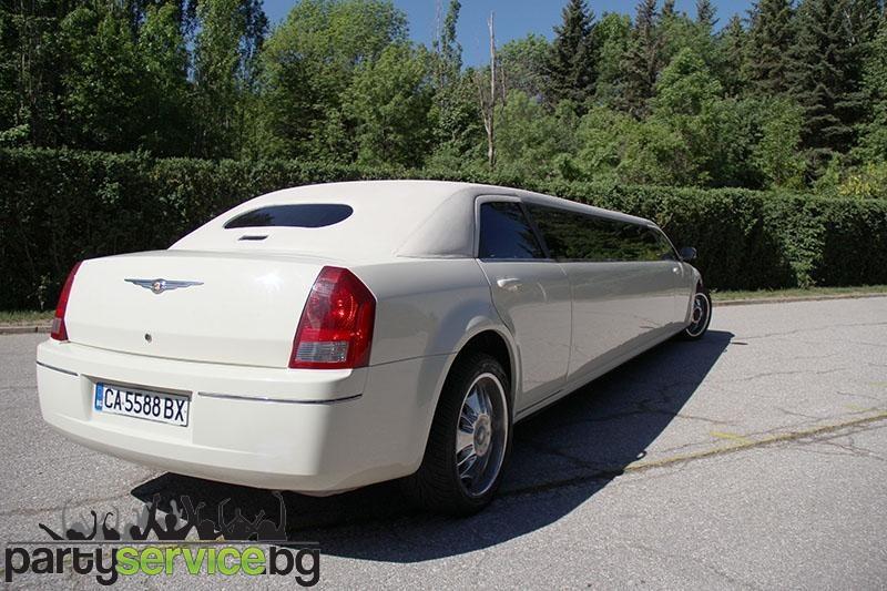 Лимузина под наем Chrysler -2